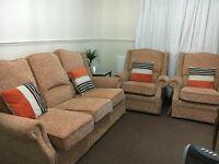 5 seats sofa