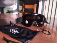 Mens Black Antifog Ski goggles - Not used