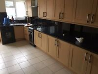 ** LOVELY 3 BEDROOM HOUSE, AVAILABLE IMMEDIATELY**