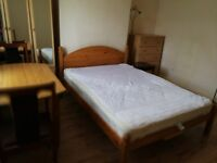 Cozy double bedroom to rent £340 all bills included