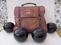 "Set of 4 ""Thomas Taylor Lignoid"" Bowls. Size 2"