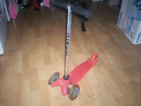 childs scooter(mini micro) pink