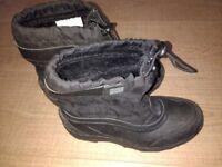 Wellies UK1 EU33 Winter boots black