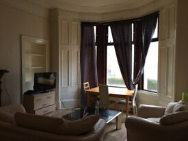 3 bedroom unfurnished ground floor Flat to Let