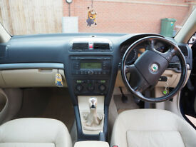 Skoda Octavia 2.0 petrol, manual, Laurin & Klement version, 150 php,