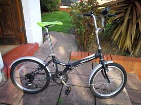 I sell two beautiful bicycles £120