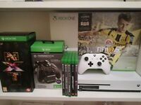 XBOX ONE S WHITE BOXED AND GAMES