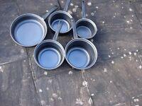 Saucepan Set