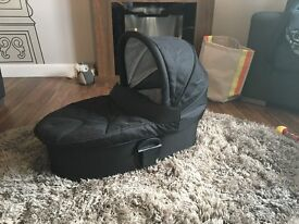 Mamas & Papas Carrycot for Sola 2 Black, excellent condition