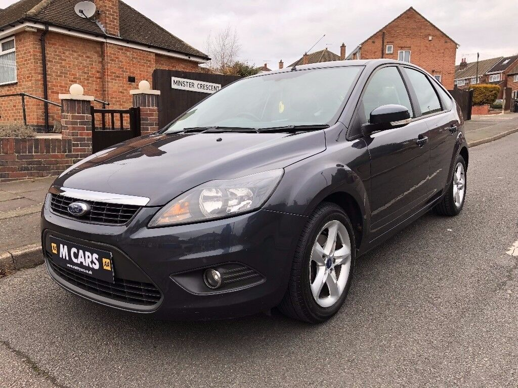 ford focus  zetec climate top spec full service history  months warranty