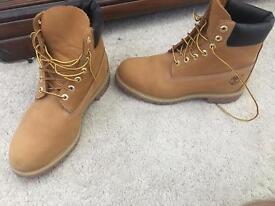 Size 9 1/2 timberland boots