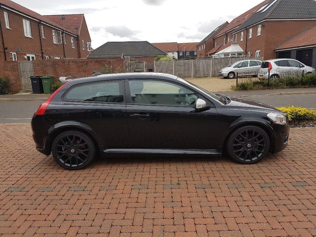 volvo c30 r design t5 230bhp model 2010 60 reg black 6 speed manual in diss norfolk. Black Bedroom Furniture Sets. Home Design Ideas