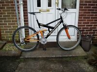 """SARACEN, (quality brand) MOUNTAIN BIKE, 20"""" FRAME, 26"""" Alloy wheels, all new cables,"""