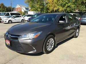 2015 Toyota Camry LE/ CLEAROUT!/PRICED FOR AN IMMEDIATE SALE !! Kitchener / Waterloo Kitchener Area image 3