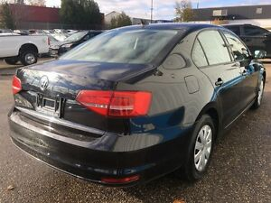 2015 Volkswagen Jetta Trendline *HEATED SEATS* Kitchener / Waterloo Kitchener Area image 5