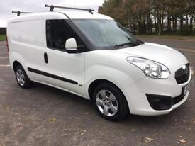 VAUXHALL COMBO 1.2 2000 L1H1 CDTI S/S SPORTIVE 1d 90 BHP ONE OWNE (white) 2014