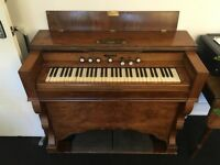Harmonium Organ - Kelly & Co - Beautiful working antique