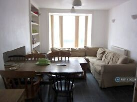 5 bedroom house in Queen Street, Aberystwyth, SY23 (5 bed) (#30224)