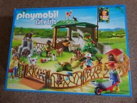 New Playmobil 6635 City Life Children's Petting Zoo with Many Animals £25