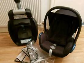 Maxi cosi cabriofix carseat and isofix base