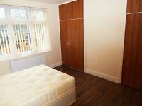 Large double room available in East London (Redbridge – Gants Hill)