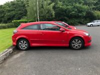 Astra for sale: Red, Petrol, VXR body kit, 1 lady owner