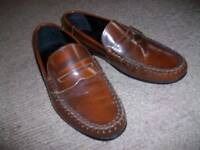 Men's Asos Brown Leather slip on shoes size 9 (43) . Little worn.