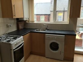 2 bed upper flat for rent, Westoe Area