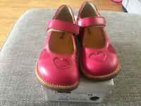 Girls pink angulus shoes size 29