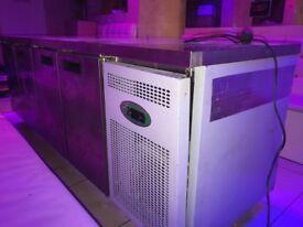 Genfrost 4 Door Plain Top Work Counter Fridge S/S - RRP£1,250 - Very Good Condition!