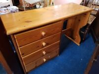 4 drawer solid pine desk/dressing table