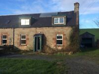 TO LET: Attractive 3 bedroom property in an accessible rural location