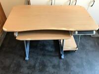 Computer table / desk