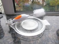 *~*~*~* Fruit vegetable cheese baby food glass grater and free bottle cleaner *~*~*~*~*