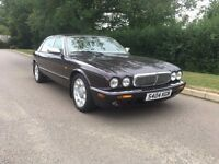 DAIMLER SUPER V8 LWB RARE AMARANTH PEARL V8 SUPERCHARGED AUTOMATIC VERY RARE DRIVES SUPERB