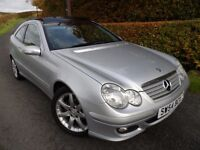 2005 MERCEDES C180K SPORTS COUPE SE AUTO EVOLUTION PANORAMA TRIM GLASS ROOF
