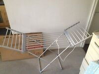 electric clothes dryer/airer