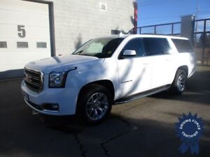 2017 GMC Yukon XL SLT 7 Passenger 4X4 w/Middle Captain Seats