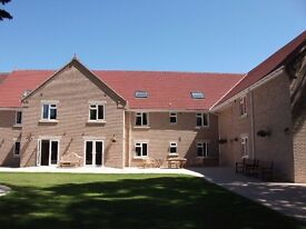 OVER 50'S APARTMENT, 1 BED, ATTACHED TO WALTHAM HALL. IDEAL FOR ACTIVE RETIRED COUPLE OR INDIVIDUAL