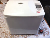 Panasonic Automatic Bread Maker, Model SD206 for sale