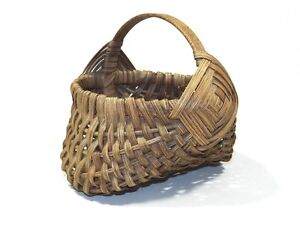 Antique Miniature Woven Buttocks Basket - Splint Handle - Berry - Egg Gathering