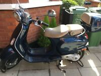 Navy Vespa LXV 50 for sale