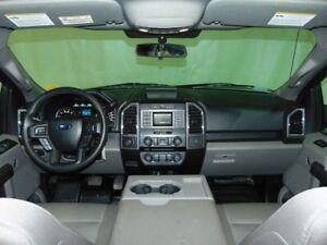 2015 Ford F-150 * XLT Crew Cab 4x4 * Bluetooth *