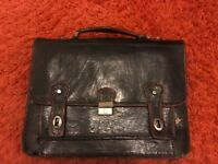Vintage: Large Black and Brown Leather Briefcase