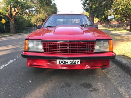 HOLDEN VB COMMODORE SS REPLICA  1 YEAR REGO