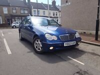 Mercedes Benz C CLASS 180 FULL POTION AND LEATHER IN PERFECT CONDITION