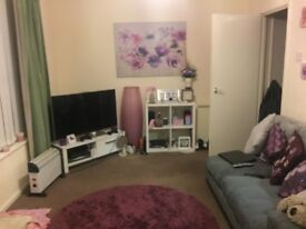 One bedroom flat to rent unfurnished