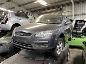 261 - Ford focus grey 2006 wrecking Welshpool Canning Area Preview