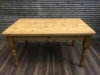 Fantastic quality thick top farmhouse dining table, 5x3ft.