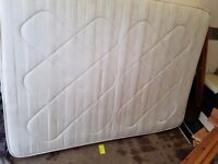 Lovely duble mattress in very good condition